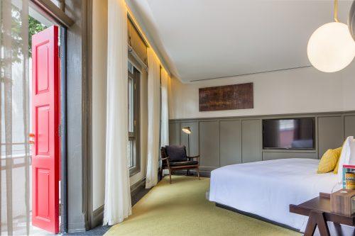 club-suite-bedroom-2